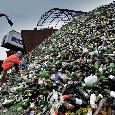 بازيافت شيشه در اروپا ، تاریخچه بازیافت شیشه