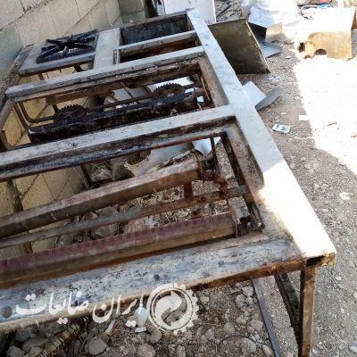 فروش انواع ضایعات آهن، کارتن، نایلون، حلب و ...