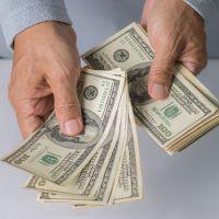 ارز صادراتی چقدر دست دولت را می گیرد؟