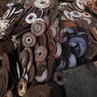 خریدار سنگهای سنباده و سنگ برش