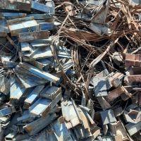 خرید انواع آهن قراضه و صنعتی و ساختمانی وسفاله واکسید آهن