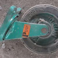 فروش چرخ چدنی متحرک 25 سانت