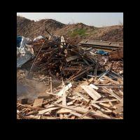 خرید ضایعات چوب نجاری