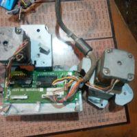 تعدادی استپ موتور کارکرده ۹ عدد با درایو