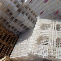 پالت چوبی وپلاستیکی۱۱۰ در۱۳۰ خارجی