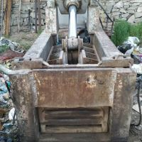 دستگاه پرس حلب و آهن ( مچاله کن )
