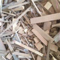 خرید چوب وتخته و ضایعات چوب