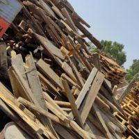 فروش ضایعات چوب پالت وچهارتراش